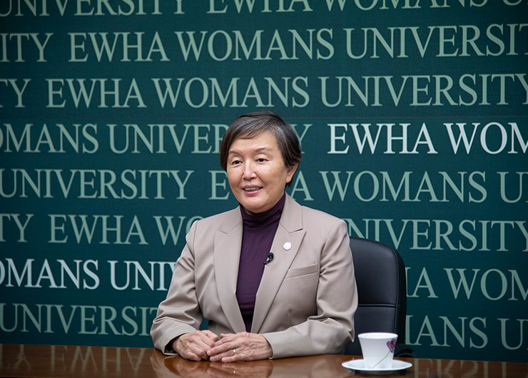 Ewha Holds Second Women's Leadership Forum (WLF), Hosting Network of Female Presidents of Asian Universities