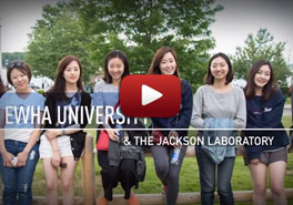 Ewha Women's University Students at JA...