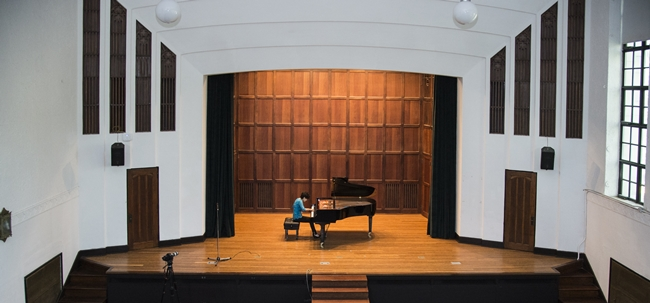 10.14  Faculty Noon Concert_EWH1499.jpg