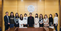 Award Ceremony Held for the 2nd Open Competition for Promotion Idea with Ewha People 대표이미지