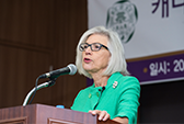 Beverley McLachlin, First Woman Chief Justice of Canada, Visits Ewha 대표이미지