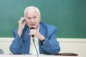 Hans Modrow, Former Prime Minister of East Germany, Visited Ewha
